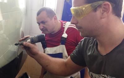 112Обучение ремонту лобовых стекол.